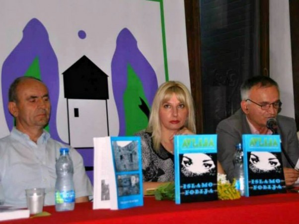 S lijeva na desno: mr Halil Markišić, Gordana Ganić i Braho Adrović